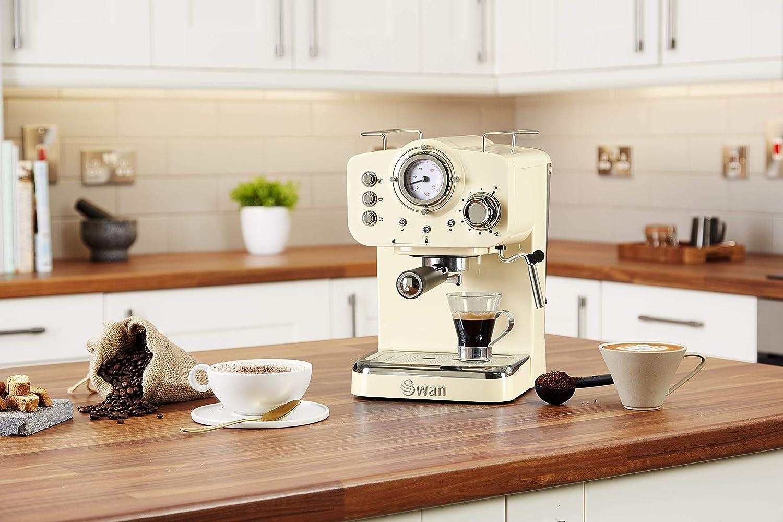 Swan SK22110CN, Retro Pump Espresso Coffee Machine, 15 Bars of Pressure, Cream: Amazon.es: Hogar