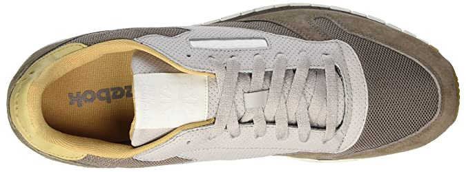 6ca716f0dec3 Reebok Men s Classic Leather Urban Descent Trainers  Amazon.co.uk  Shoes    Bags
