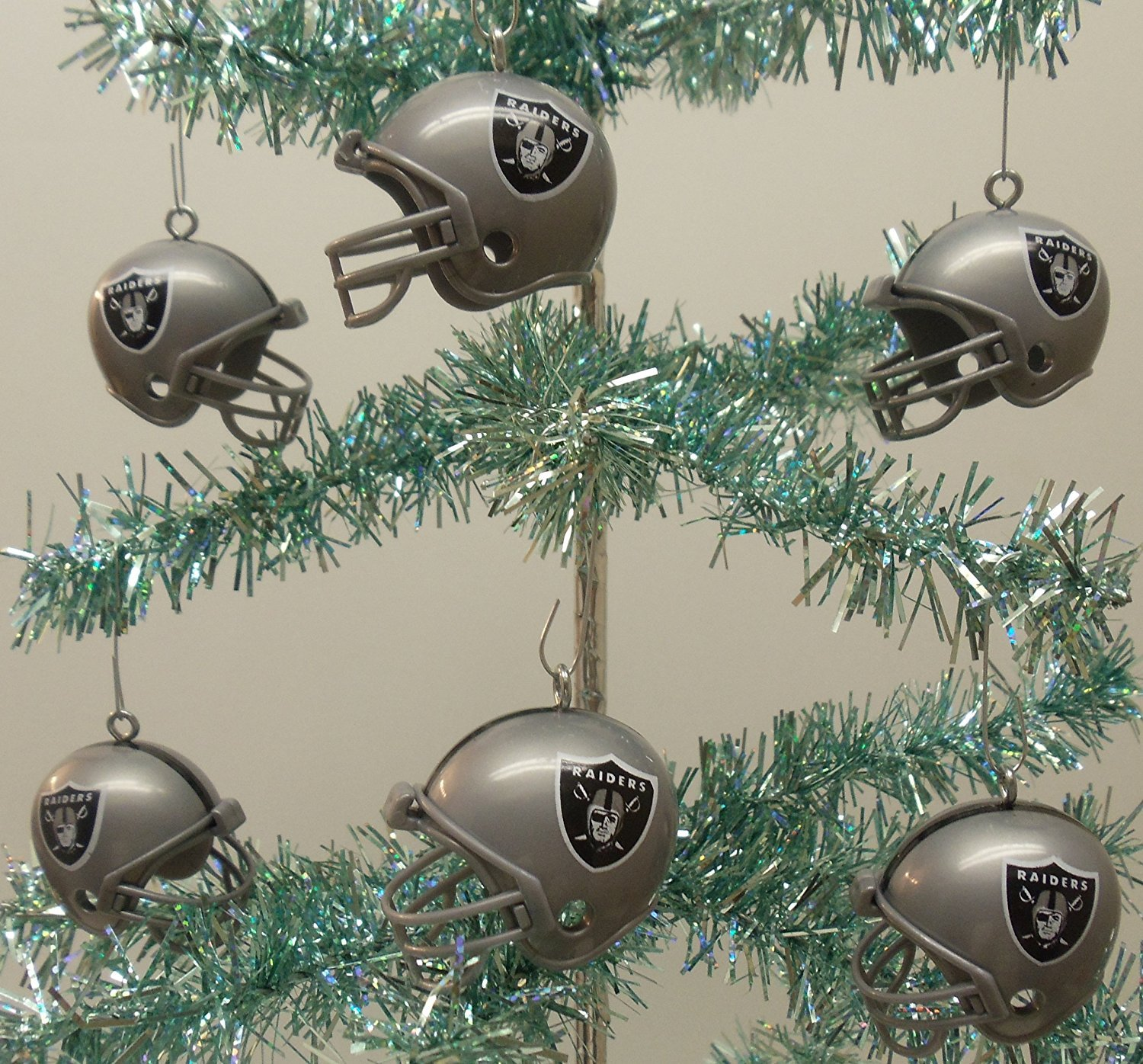 Amazon.com: Oakland Raiders Set of 12 Holiday Christmas Tree ...