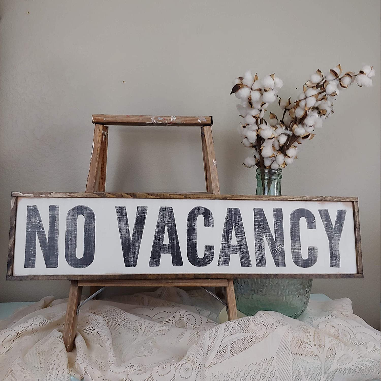 DKISEE No Vacancy Sign, Guest Room Decor, Living Room Decor Farmhouse Bedroom Sign Wall Sign Home Decor 5.9x20 inches