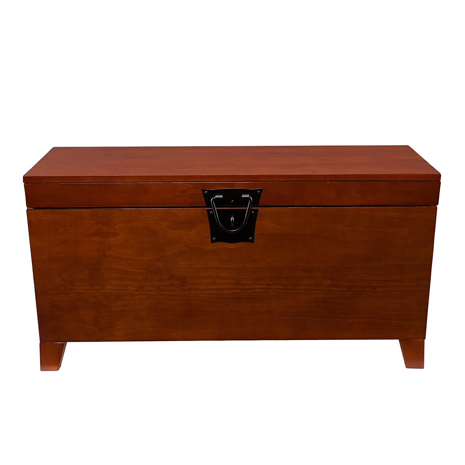 Amazon.com: Southern Enterprises Pyramid Storage Trunk Cocktail Table,  Mission Oak Finish: Kitchen U0026 Dining