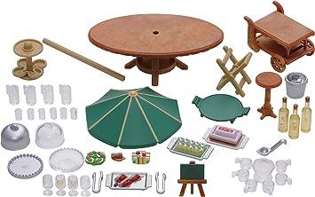 SYLVANIAN FAMILIES 4276 - Juego de Fiesta de jardín: Juguetes y juegos - Amazon.es