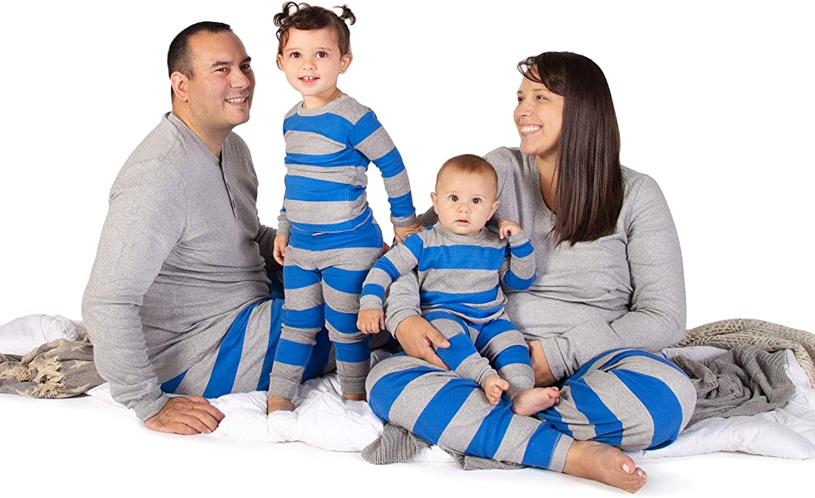 80a11675d Amazon.com  Burt s Bees Baby Baby Family Jammies