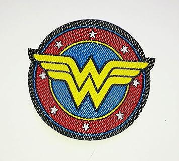Parche de logo de la Mujer Maravilla (Wonder Woman), pequeño, bordado, para poner con plancha: Amazon.es: Coche y moto
