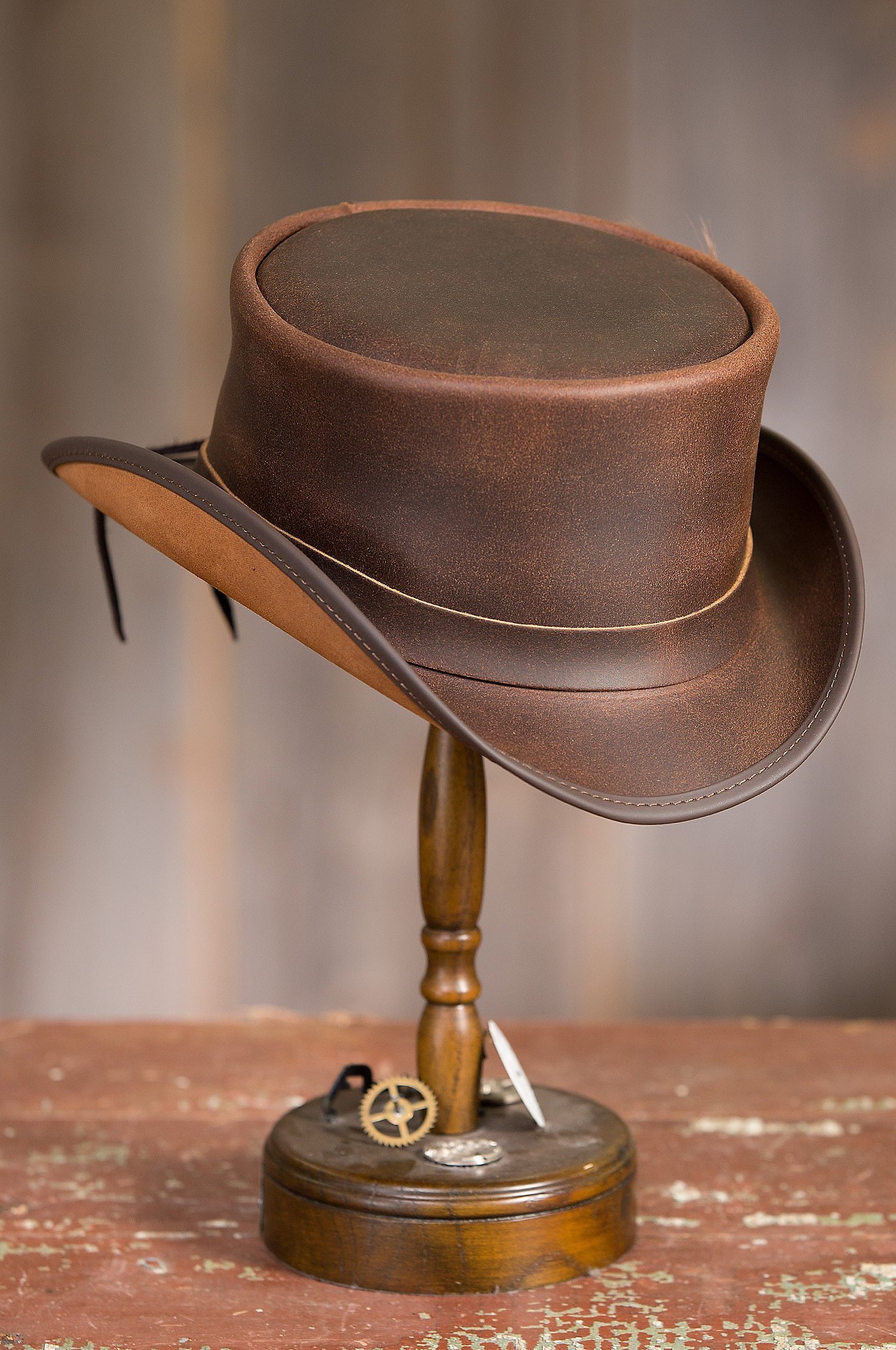 Overland Sheepskin Co. Steampunk Victorian Marlow Leather Top Hat, Brown, Size Medium (7) by Overland Sheepskin Co (Image #5)