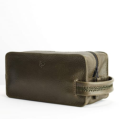 Image Unavailable. Image not available for. Color  Capra Leather Toiletry  Bag for Men ... 48ca8ee37ca7e