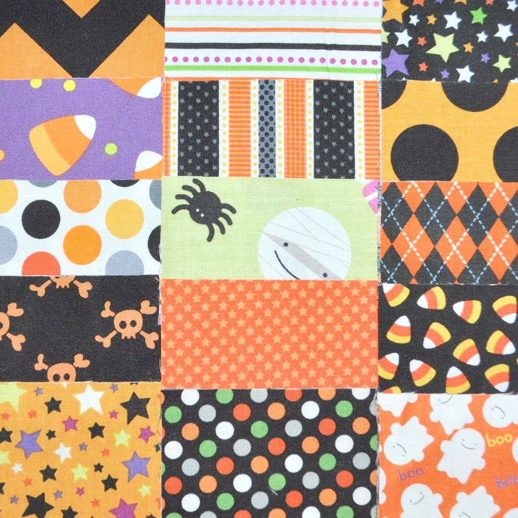 Halloween Fabric 5 Squares Charm Pack, 30 pieces, die cut, 100% cotton Mixed manufacturers