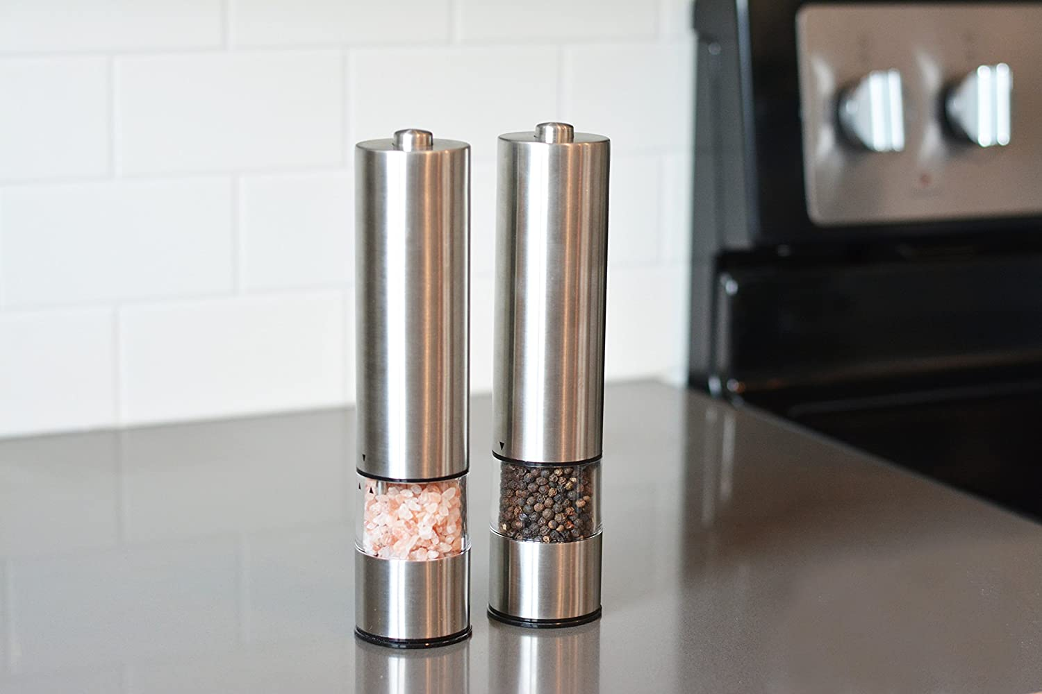 Ceramic Grinders Elegance Battery Operated Stainless Steel Mill with Light Pack of 2 Mills Salt And Pepper Grinder   Automatic One Handed Operation Electric Salt and Pepper Grinder Set