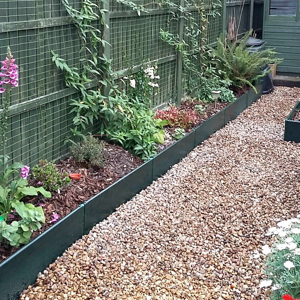 GardenSkill Build-a-Bed Raised Bed/Grow Bed Kit - 250mm high - Green UPVC - Build to Last. (1m x 1m x 250mm High)