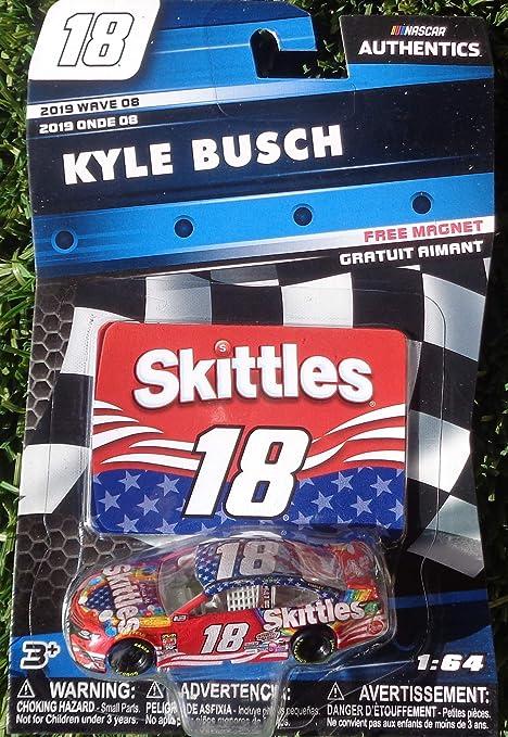 NASCAR 2019 KYLE BUSCH #18 SKITTLES CANDY 1//64 CAR