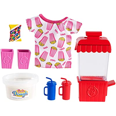 Barbie Cooking & Baking Accessory Pack with Popcorn-Themed Pieces, Including T-Shirt for Doll, Popcorn Machine Mold & Container of Molded Dough, Ages 4 Years Old & Up, Multi: Toys & Games
