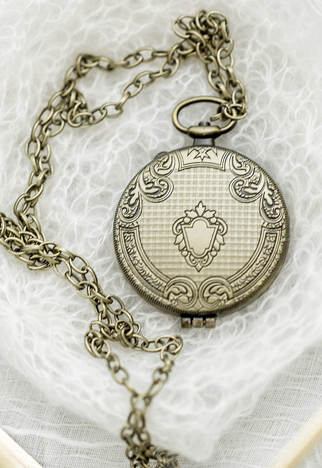 LoveyBrand Oversized Antique Bronze Locket Very Large 1.5 inch diameter with adjustable chain in gift box