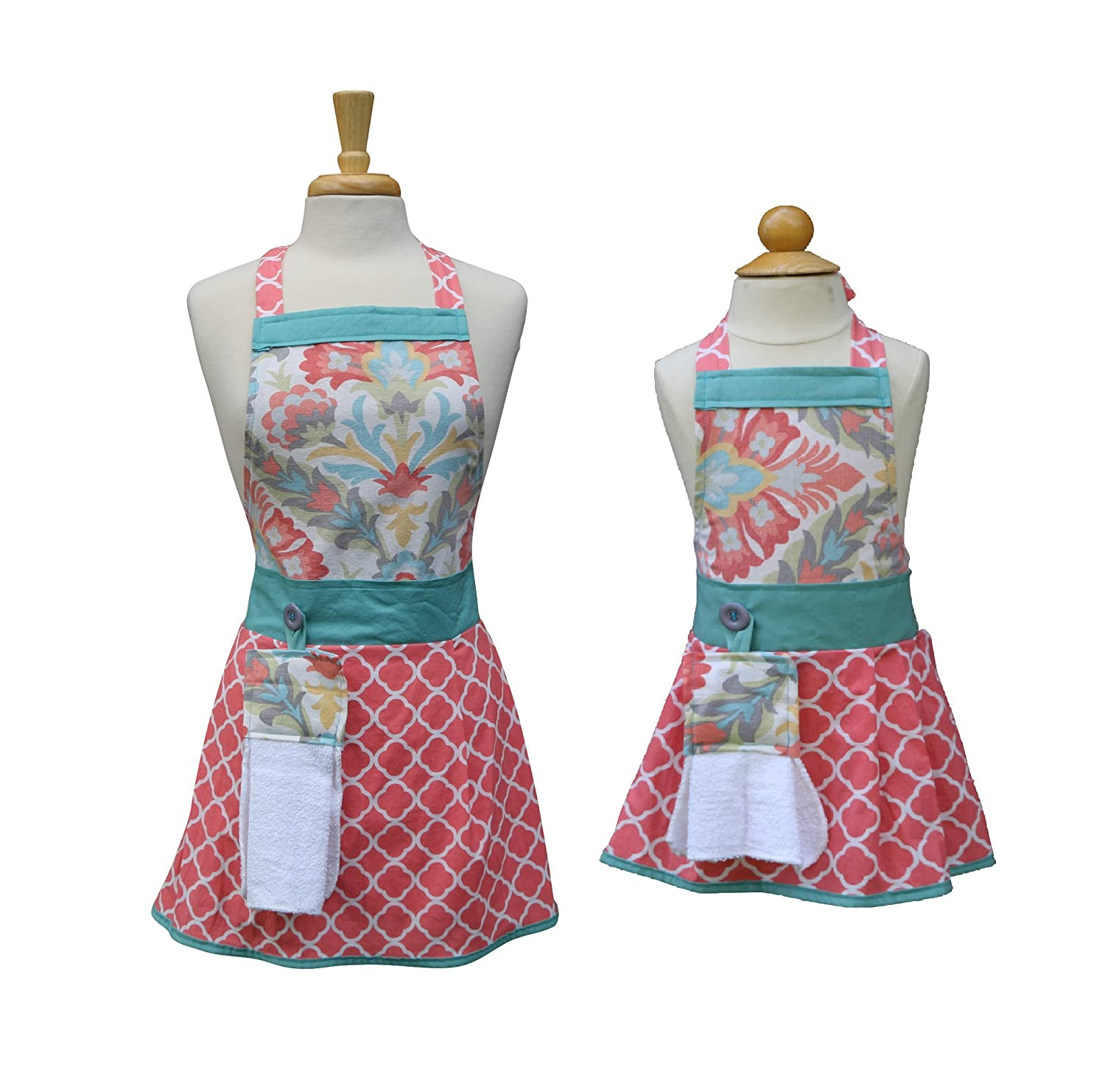Mom Daughter aprons, Mother Daughter matching aprons, Mommy Daughter apron set, The Bedford Life, Kids / Girls S M L (Age 2-13 ) , Kitchen aprons, cooking aprons, baking aprons