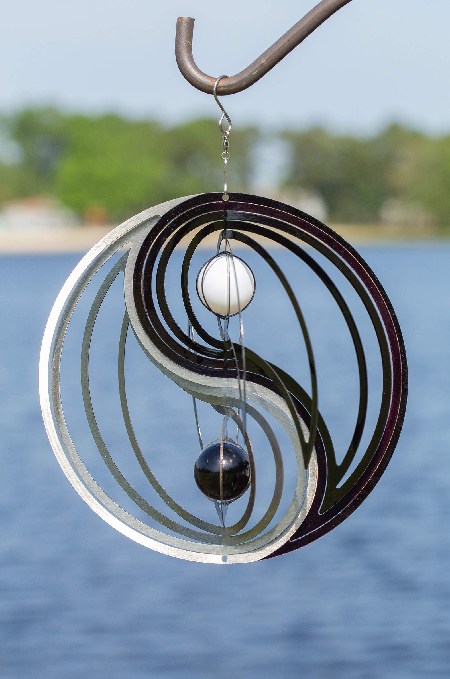 VP Home Kinetic 3D Metal Garden Wind Spinner (Yin Yang)