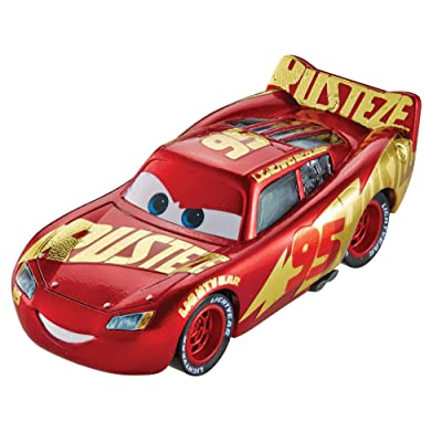 Disney Pixar Cars Die-Cast Lightningt Mcqueen With Wrap Vehicle: Toys & Games