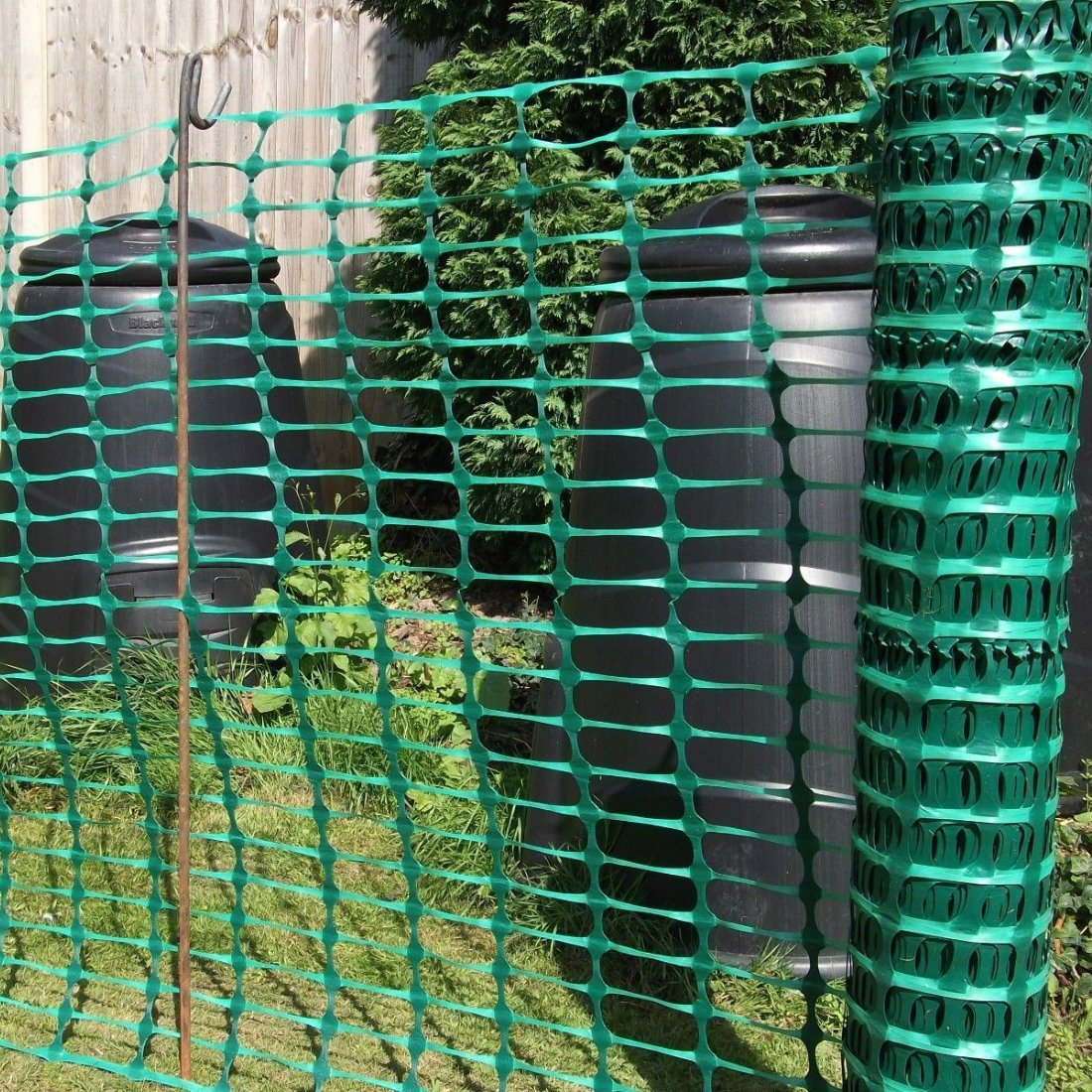 Exceptional True Products B1001F 50 M Standard Plastic Mesh Barrier Safety Fence  Netting Roll   Green: Amazon.co.uk: DIY U0026 Tools