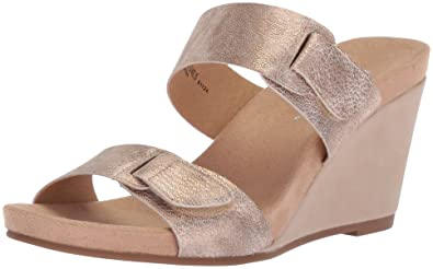 0ac6dbb19f31 CL by Chinese Laundry Women s Tasty Wedge Sandal Rose Gold Shimmer 6 ...