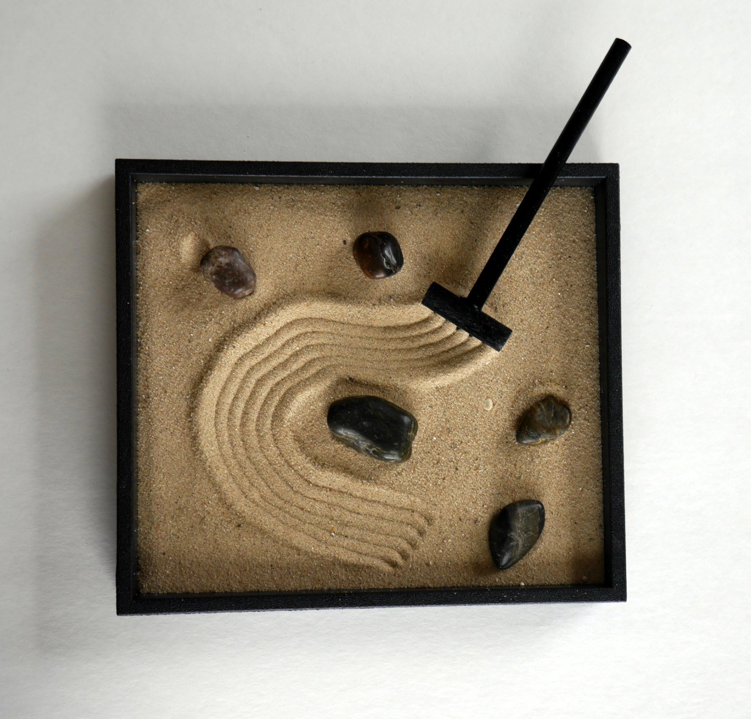 Amazon.com: Zen Garden Handmade Kit Black Indoor Zen Garden ...