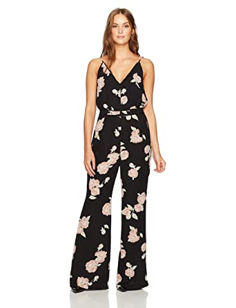 6afe6a2625ea Amazon.com  cupcakes and cashmere Women s Felissa Floral Printed Jumpsuit   Clothing