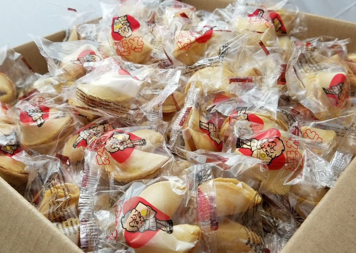 WIN FAR Chinese/Japanese 400pcs Bonus Pack Fortune Cookies Candy Fresh Single Wrap Vanilla Flavor For Student or Kids Treat