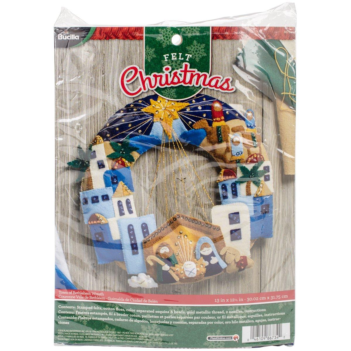 BUCILLA 86734 Felt Applique Wreath Town of Bethlehem, Size 13