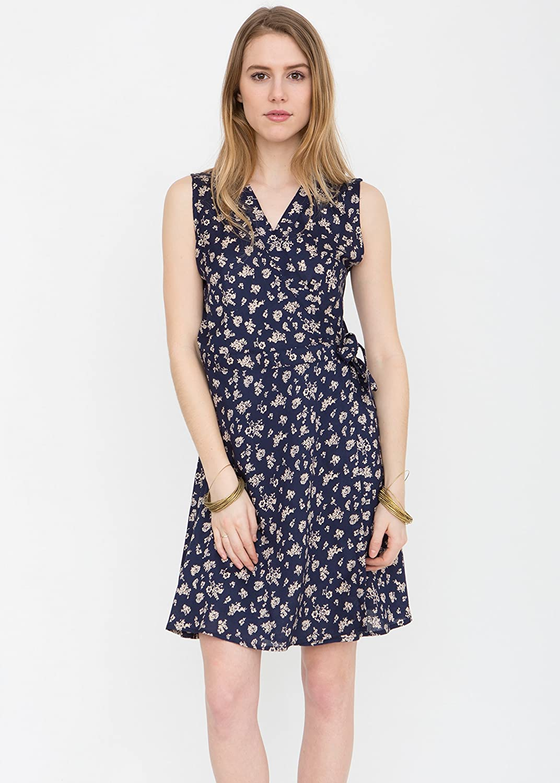 V-Neck Sleeveless Wrap Dress in Florals Print