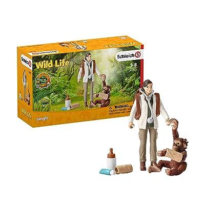 SCHLEICH 42353 Vet at Work: Toys & Games