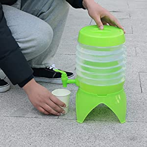 5.5L Folding Bucket,Collapsible Beverage Dispenser,Cars Water Bucket, Portable Outdoor Folding Bucket,Great for Picnics Sport Events Camping Parties(Green)