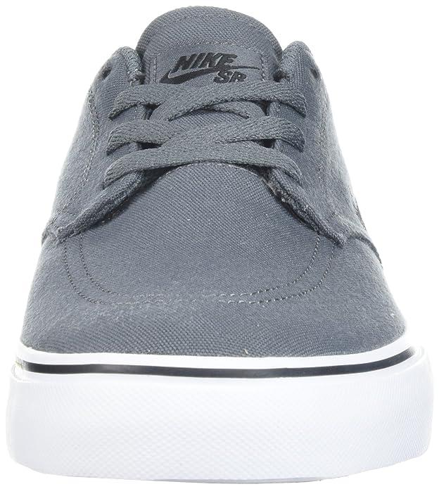 the latest e7e37 2c4f3 Amazon.com   Nike Men s Sb Clutch Skate Shoe   Skateboarding
