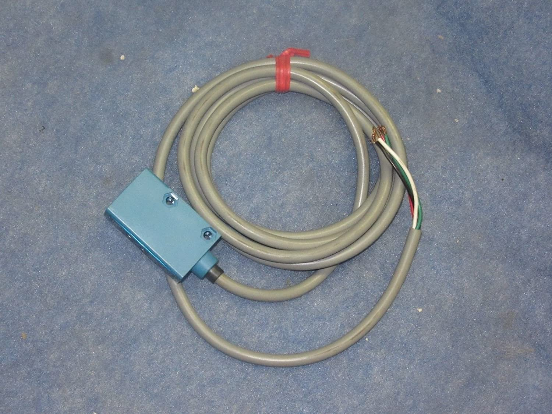 Honeywell Micro Switch FE7C-RF6G-M Photoelectric Switch: Amazon.com ...