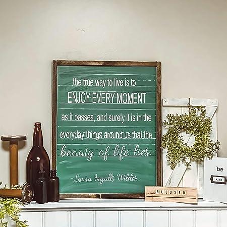 Thomas655 Laura Ingalls Wilder Tableau Noir Rustique Avec Citation En Anglais Ralph Waldo Emerson Amazon Fr Cuisine Maison
