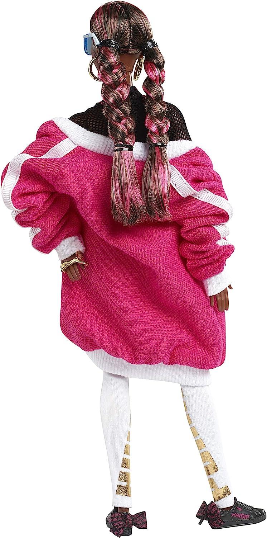 Barbie Signature 50 Anniversario Puma Bambola da Collezione con Cappotto Rosa e Pantaloni Bianchi, per Bambini 6+ Anni, FJH70