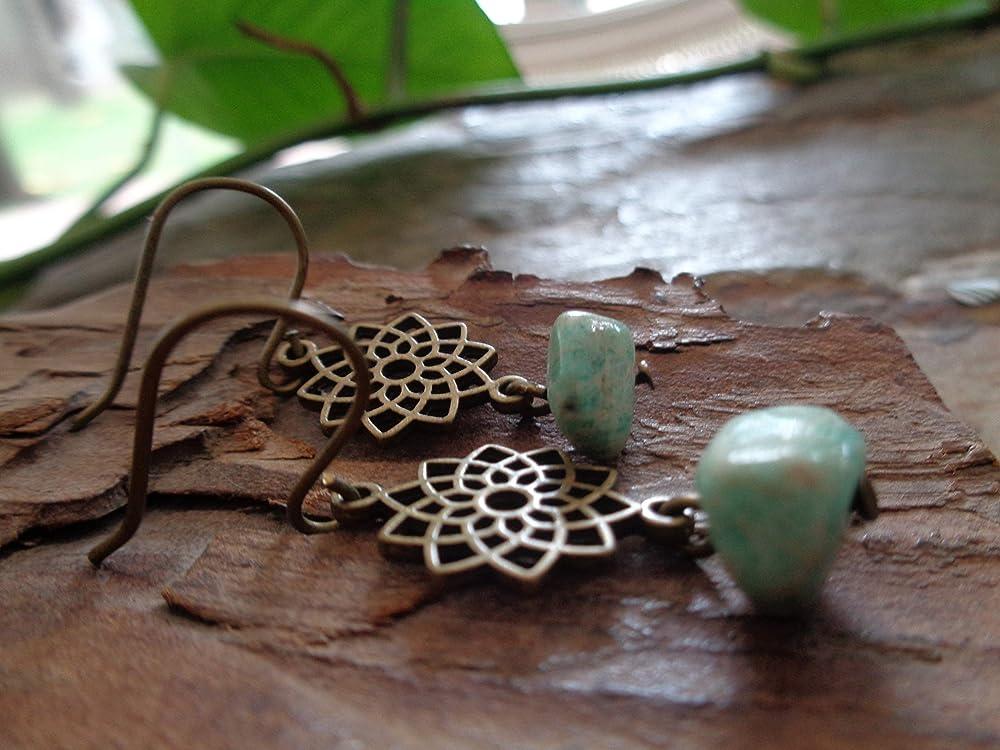 hechos a mano en bronce ☘ Mandala de la estrella EN BRONCE Y PIEDRAS azul hielo ☘ pendientes
