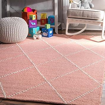 Amazon Com Nuloom Hand Tufted Wool Dotted Diamond Trellis Area Rugs