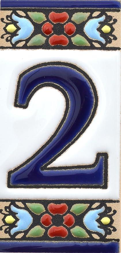 Numeros y Letras en azulejo Ceramica policromada Numero Dos 2 ART ESCUDELLERS N/úmeros casa Dise/ño Flores Mediano 10,9 cm x 5,4 cm. Nombres y direcciones Pintados a Mano t/écnica Cuerda Seca