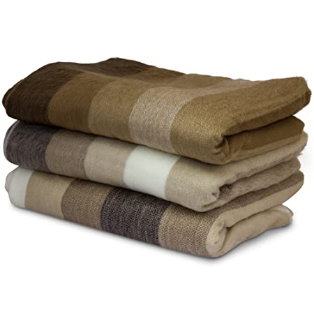 Tumia LAC Super soft blanket//throw Single Bed Size Beige.