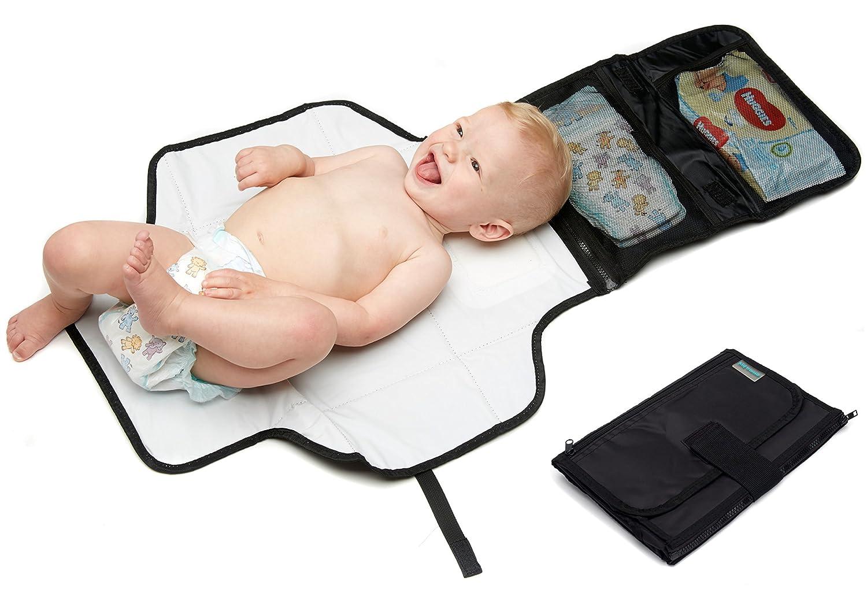 Kid Transit – Tapis à langer de voyage, portable, petit, léger, compact avec poches de rangement pour lingettes pour bébés, couches, crèmes léger compact avec poches de rangement pour lingettes pour bébés crèmes