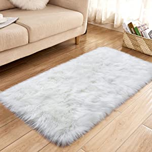 YJ.GWL Super Soft Faux Sheepskin Fur Area Rugs for Bedroom Floor Shaggy Plush Carpet Faux Fur Rug Bedside Rugs, 2.3 x 5 Feet Rectangle White