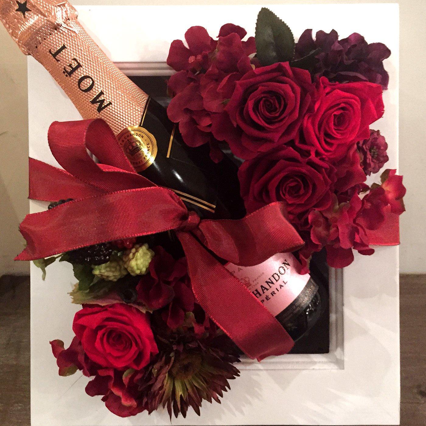 還暦祝い 花 赤 バラ プリザーブドフラワー お酒 結婚祝い 花 シャンパン ギフト シャンパン モエエシャンドンの額縁アレンジ レッド 大 B077N32TXL