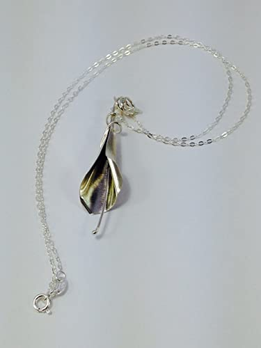 Lily Art Nouveau silver plated necklace