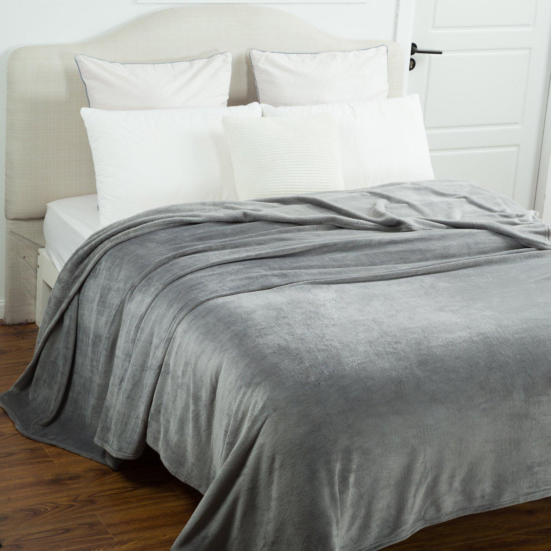 Bedsure Flannel Fleece Luxury Blanket Grey Queen Size Lightweight Cozy Plush Microfiber Solid Blanket