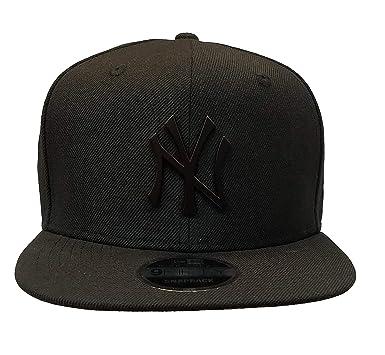 Amazon.com  New Era New York Yankees Black On Black Metal Logo High ... cf7898ef632