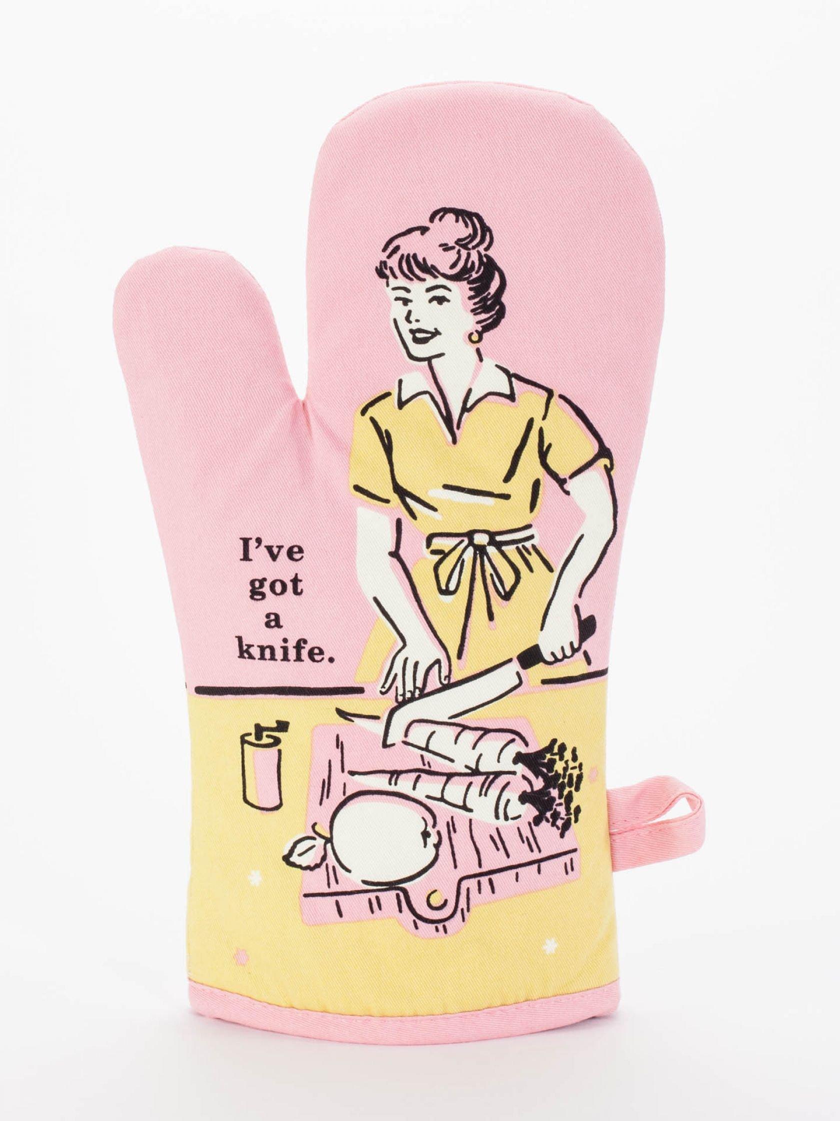 Blue Q I ve Got A Knife Oven Mitt Pink