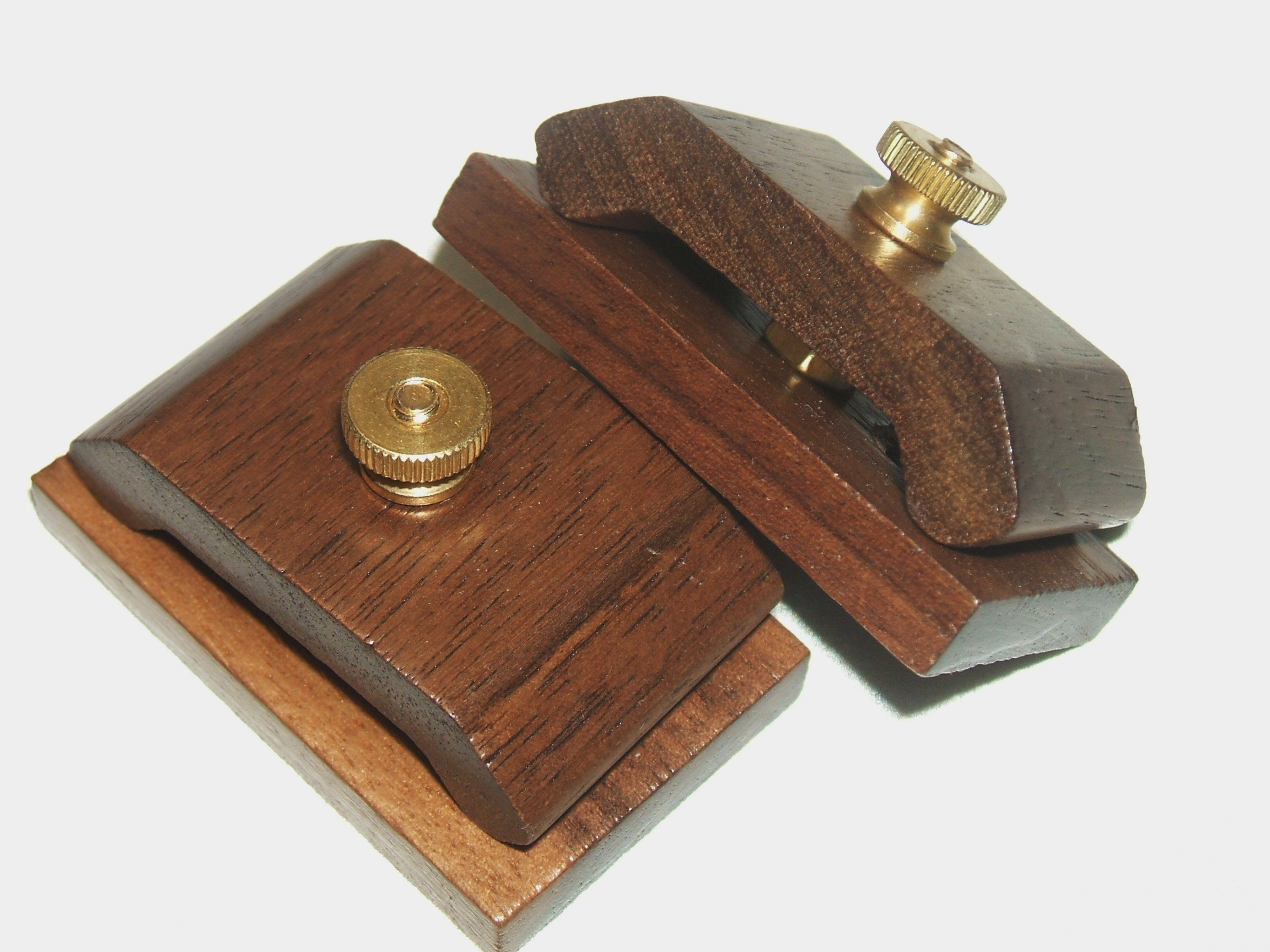 1 Pair Mini Walnut Hang-Ups Quilt Clamps Clips - Small by Walnut Hang-Ups (Image #2)