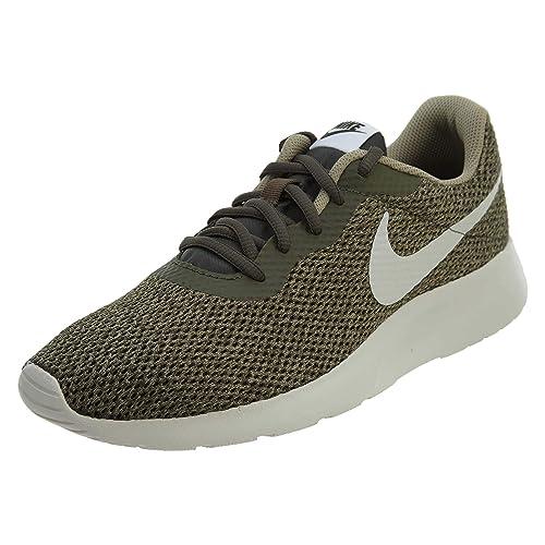 Zapatillas Nike Tanjún Oliva Suela Blanca: Amazon.es: Zapatos y complementos