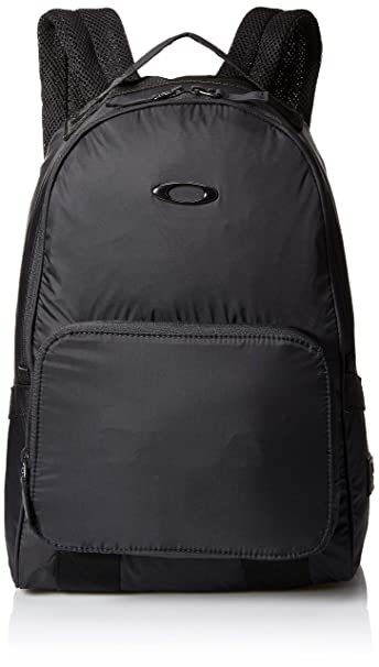 bafb63bebfcb Oakley Mens Men's Packable Backpack, Blackout, NOne SizeIZE: Amazon ...
