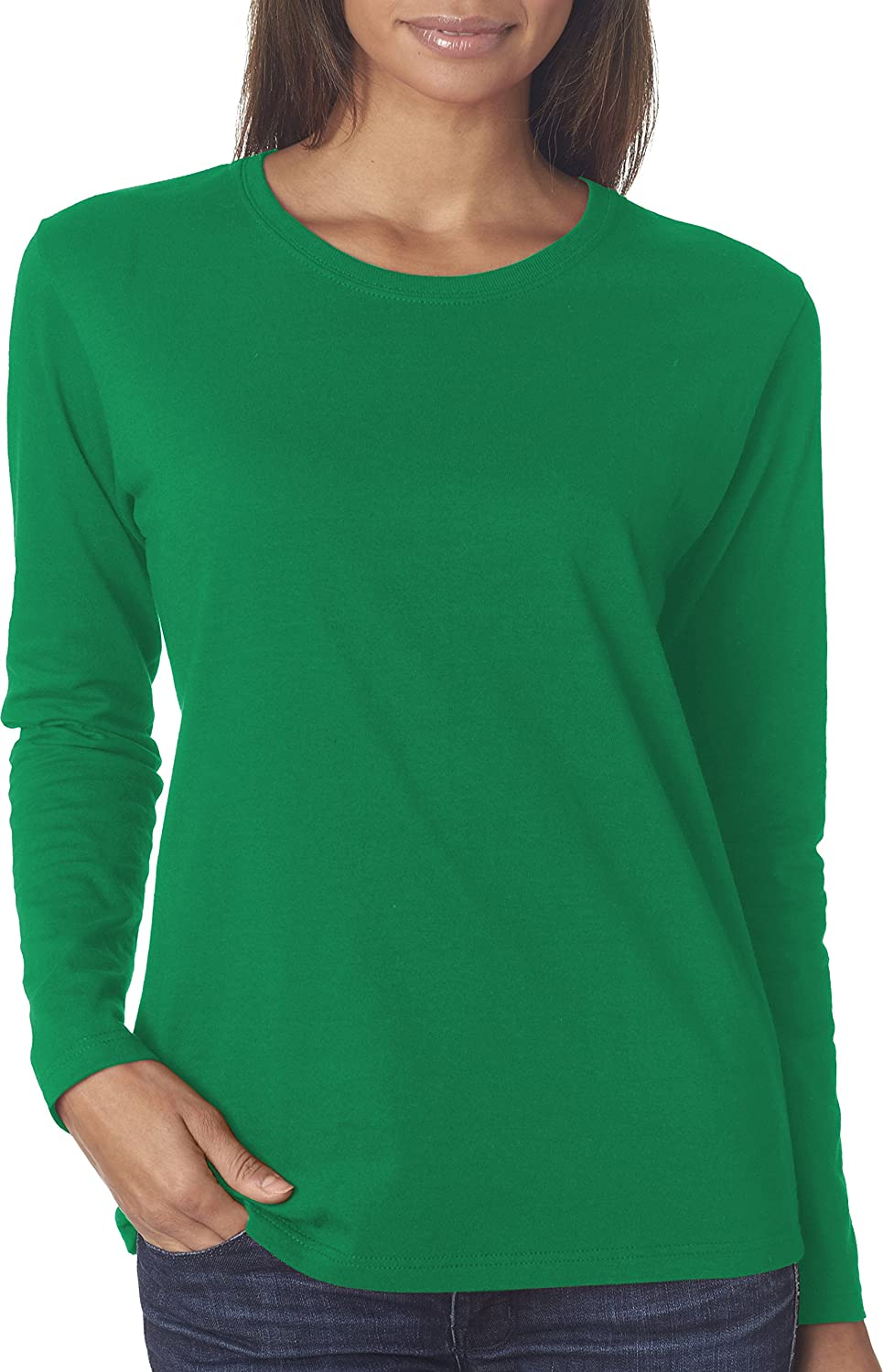 f2e8ef35a79 Amazon.com  Gildan G540L Ladies 5.3 oz. Heavy Cotton Missy Fit Long-Sleeve T -Shirt  Clothing