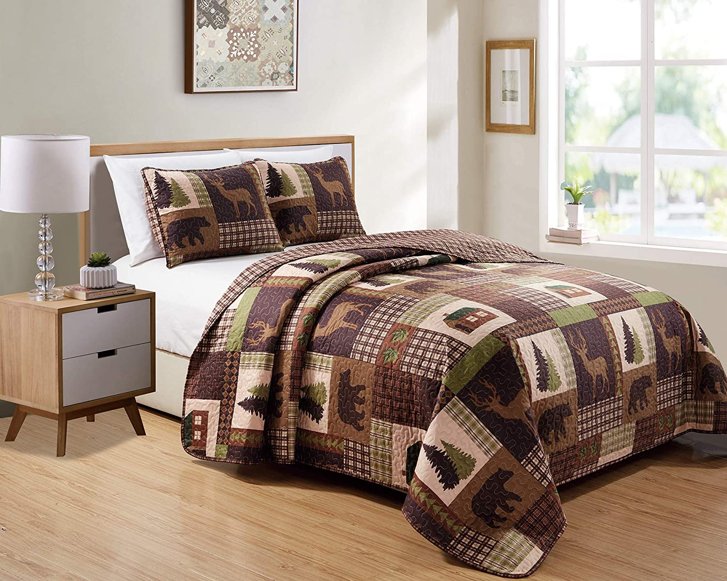 Rustic Western Lodge Quilted Plaid Reversible Bedspread Set with Wildlife Imagery of Grizzly Bear Elk Buck and Pine Trees in Dark Brown - Alpine Trail (Full/Queen)