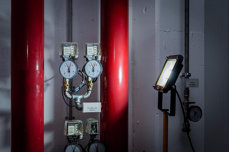 2930 Lumens, Etanche IP65, R/églable en hauteur jusqu/'/à 180cm, C/âble 5M Brennenstuhl Projecteur LED Jaro avec Tr/épied 30W Noir /& Jaune