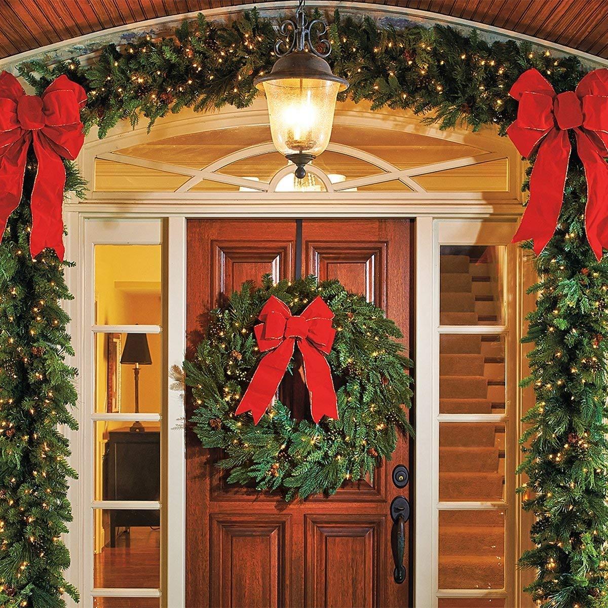 HOMEMAXS Metal Wreath Hanger Over The Door Wreath Holder 4 Packs 13.8inch Larger Wreath Metal Hook for Christmas (Black) by HOMEMAXS (Image #5)